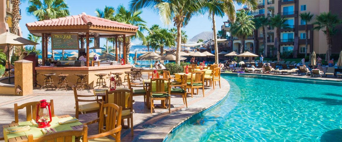 Villa del Arco Taco Bar pool side