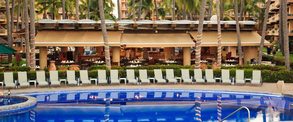 Villa del Palmar Puerto Vallarta Pool & Restaurant