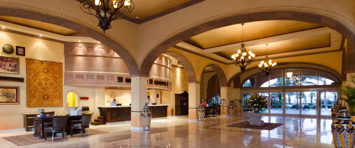 Villa del Arco Lobby