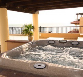 Best 5 Reasons Why You Should Invest in Villa del Palmar Timeshare - Jacuzzi's Penthouse at Villa del Palmar Flamingos
